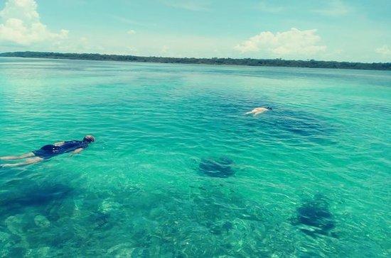 Blue hole snorkeling
