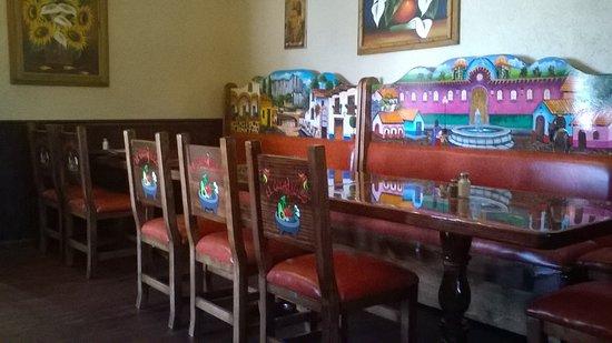 El Guajillo Mexican Restaurant