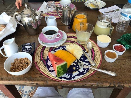 Mama Ruisa: Breakfast