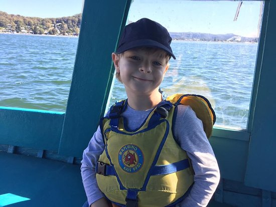 Booker Bay, Australia: The boats I hire have a cabin