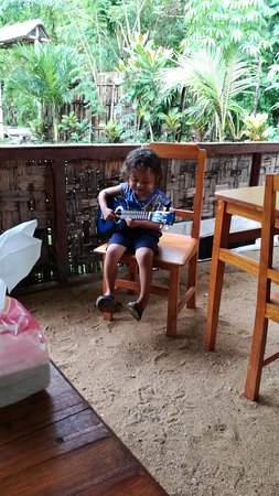 Bunaken Island, Indonesia: everybody makes music here