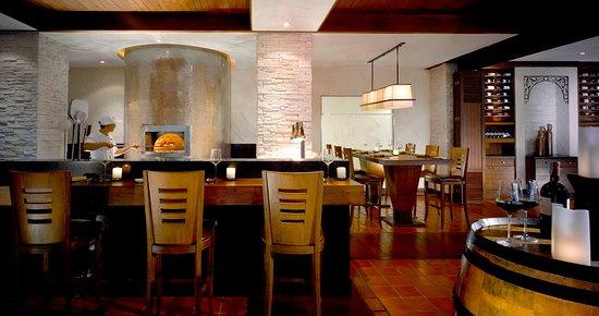 Anantara Riverside Bangkok Resort: Brio Italian restaurant