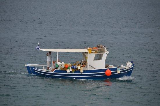 Cohyli Restaurant: Fishing!