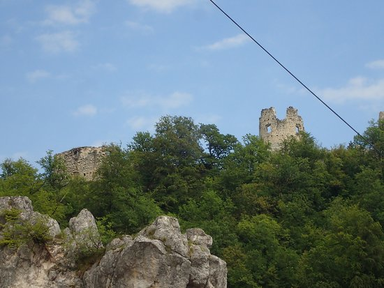 Samobor Castle: Castle from afar