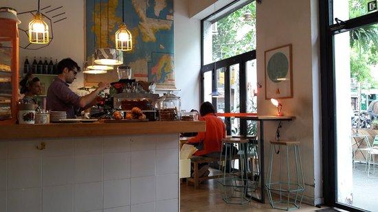 Café Cometa: Overview