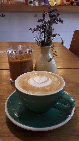 Café Cometa: Coffee