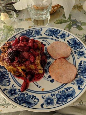 Grape Arbor Bed and Breakfast: IMG_20180701_082641_large.jpg