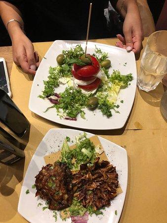 Cantina & Cucina: Roman Artichoke and Caprese Salad