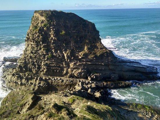 Mahia Beach, New Zealand: IMG_20180623_110014332_HDR_large.jpg