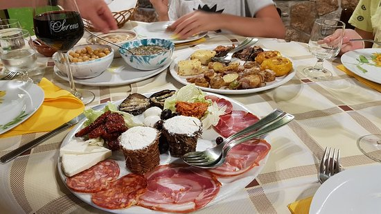 Mileto, Italia: antipasti
