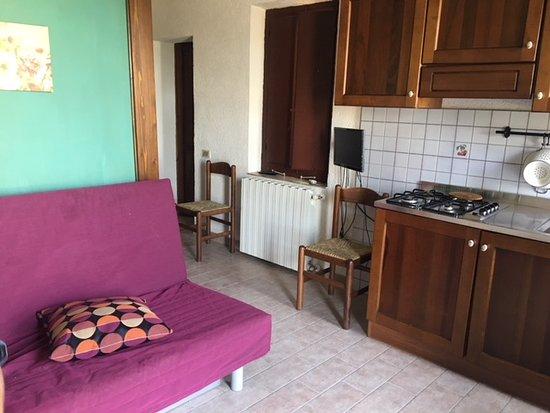 Castagno soggiorno cucina - Picture of Setter House Agri Hotel ...