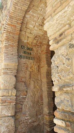 阿尔卡萨瓦城堡照片