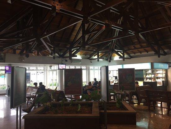 Air Seychelles: Lounge