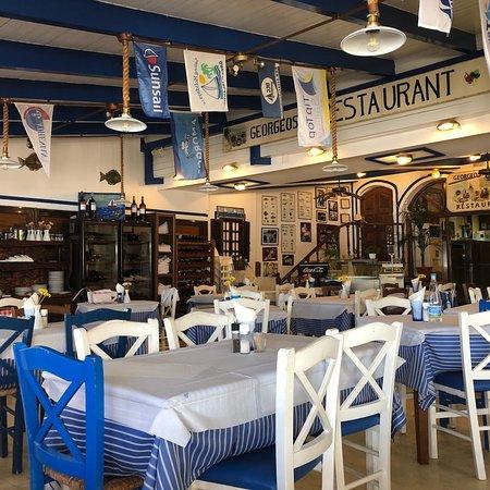 Georgeos' Family Taverna: photo0.jpg