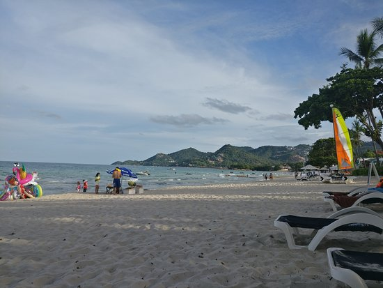 Centara Grand Beach Resort Samui: Beach facing South