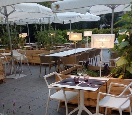 Terraza De Verano Eco Picture Of Restaurant Terroir