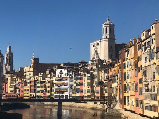 Spanish Trails by Alba Programas: Beautiful Girona