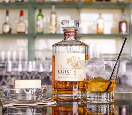 Tomo: Hibiki - Whiskey