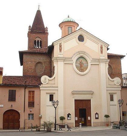 Alessandria, Italia: La facciata della chiesa di san Rocco