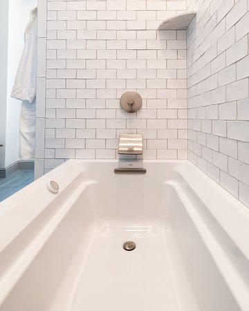 The Whaler's Inn: Our Hoxie House features spa-like baths.
