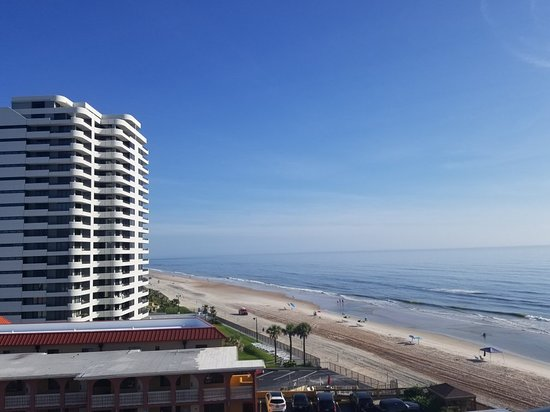 Tropical Winds Oceanfront Hotel: 20180701_084046_large.jpg