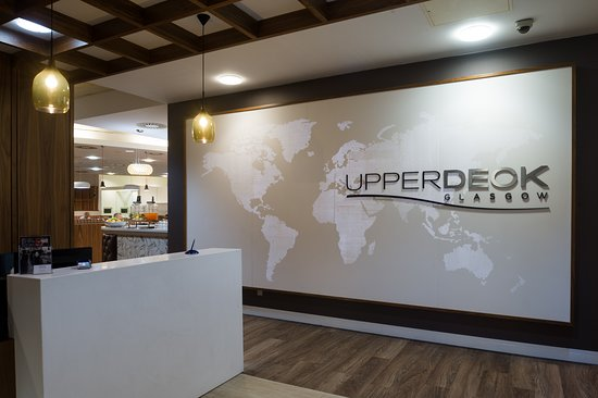 Paisley, UK: Welcome to the UpperDeck Lounge at Glasgow Airport.