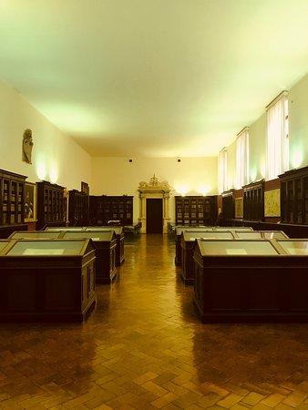 Biblioteca Malatestiana照片