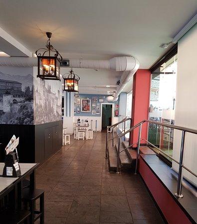 Platges de Benidorm: La Surena Restaurant on Beachfront