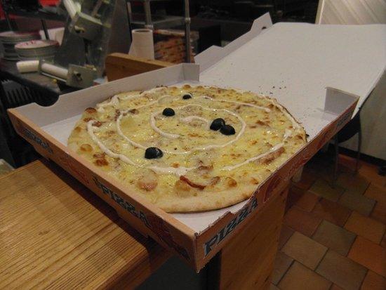 Le Cagliari: Nos pizzas à emporter (La Kebab)