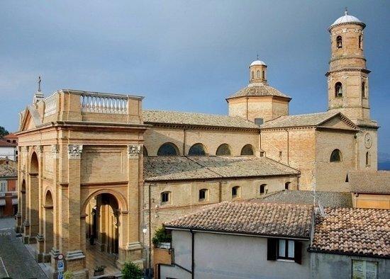 Montalto delle Marche, Italy: Vista complessiva dell'esterno
