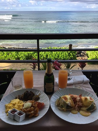 Red Salt Breakfast on our Lanai at Ko'a Kea