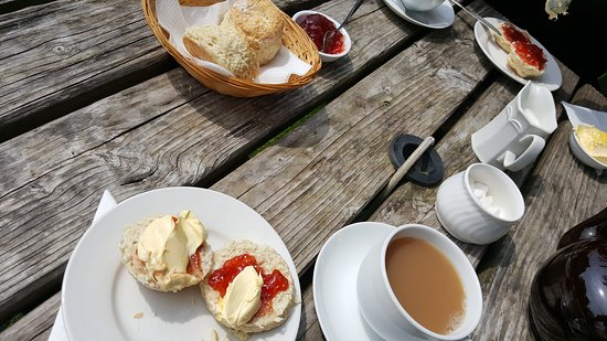 Morvah, UK: Cream Tea mit Scones