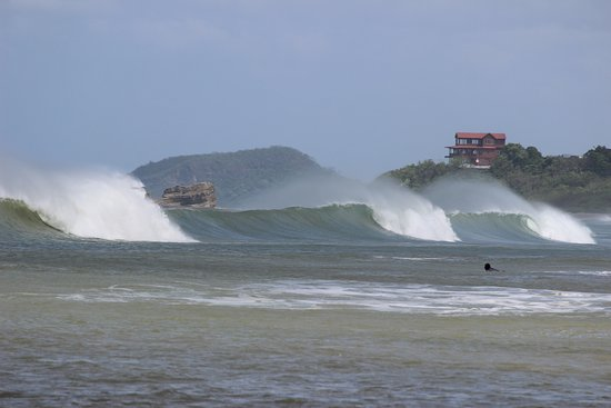 The Surf Sanctuary: Playa Santana
