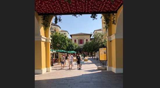 Fidenza Village is a Luxury Outlet (more-brand stores) not a Factory ...