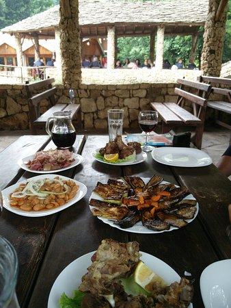 Erseke, Albania: IMG_20180619_134055_large.jpg