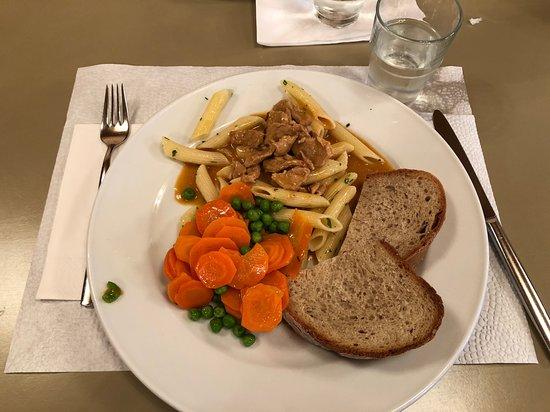Eggiwil, Switzerland: Buffet style dinner