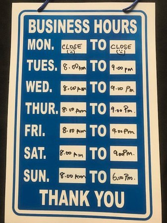 Auld Acquaintance Cafe (International Fusion Food): Opening hours