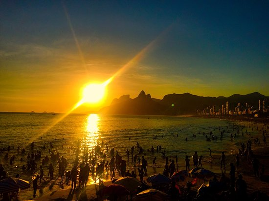 Praia do Arpoador: Arpoador sunset