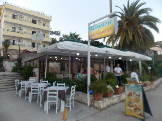 Summer Restaurant: exterior