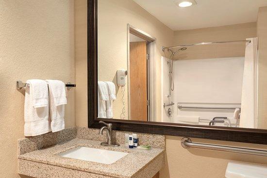 AmericInn by Wyndham Salina: Accessible Room Bathroom, Non-Smoking