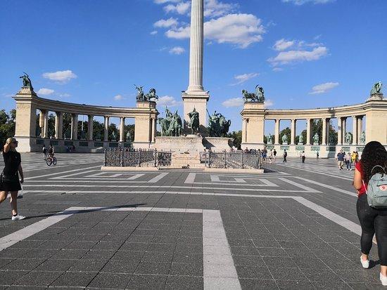 英雄广场照片
