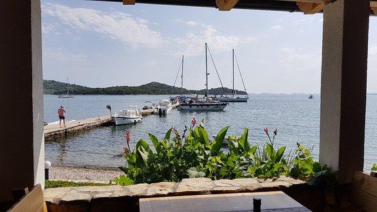 Murter Island, Croacia: 20180703_163932_large.jpg