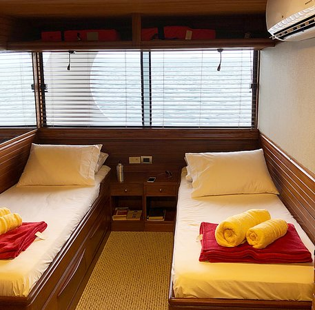 Each room gets its own rest cabinet with bathroom on boat.