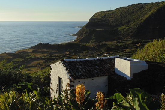 Lajes das Flores, Portugal: getlstd_property_photo