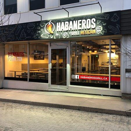 Amos, Kanada: Storefront