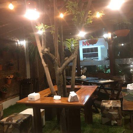 Dino's Pizzeria Italiana