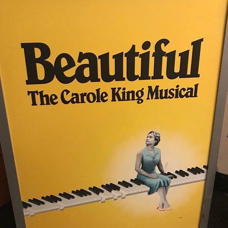 Foto de Beautiful The Carole King Musical