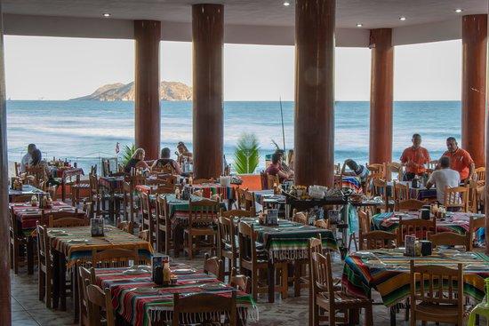 Resultado de imagen de negocios en las playas mazatlan