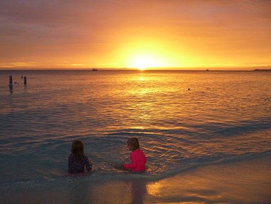 The Westin Grand Cayman Seven Mile Beach Resort & Spa: Seven Mile Beach Sunset