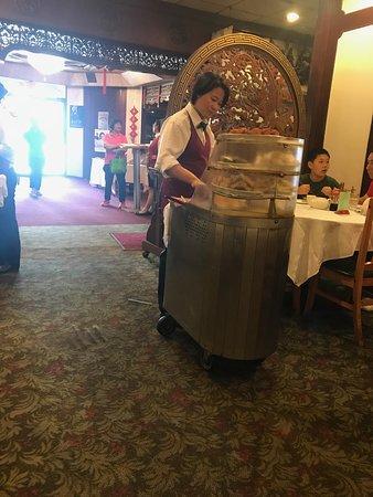 Golden Dragon Restaurant: delicious fresh dim sum